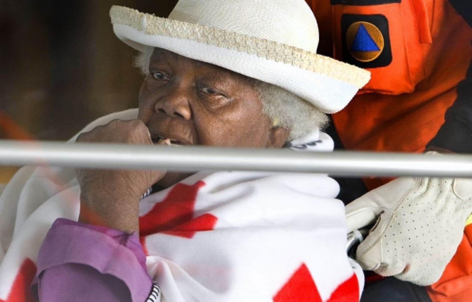 Une Canadienne d'origine haïtienne photographiée à l'aéroport Pierre-Elliott-Trudeau au moment à son arrivée en provenance de Port-au-Prince.