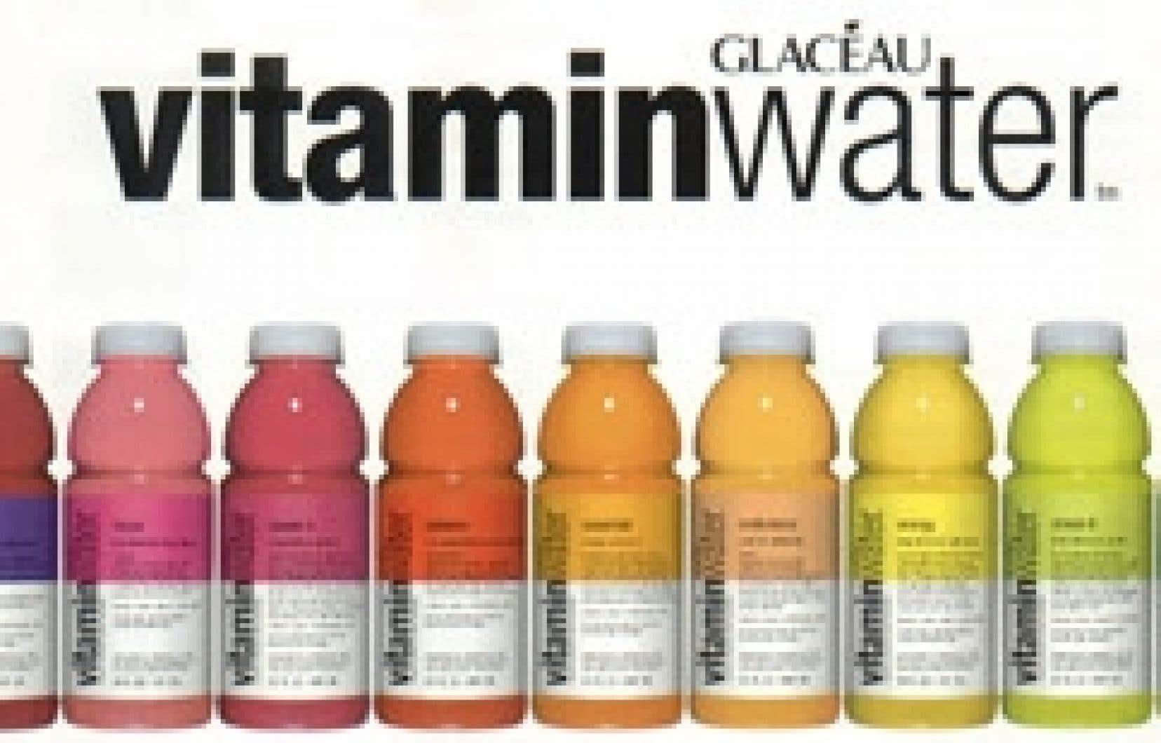 Le Center for Science in the Public Interest (CSPI), aux États-Unis, vient de déposer devant un tribunal californien une demande de poursuite en recours collectif contre le géant de la boisson gazeuse Coca-Cola. L'objet du litige: les eaux vitaminé