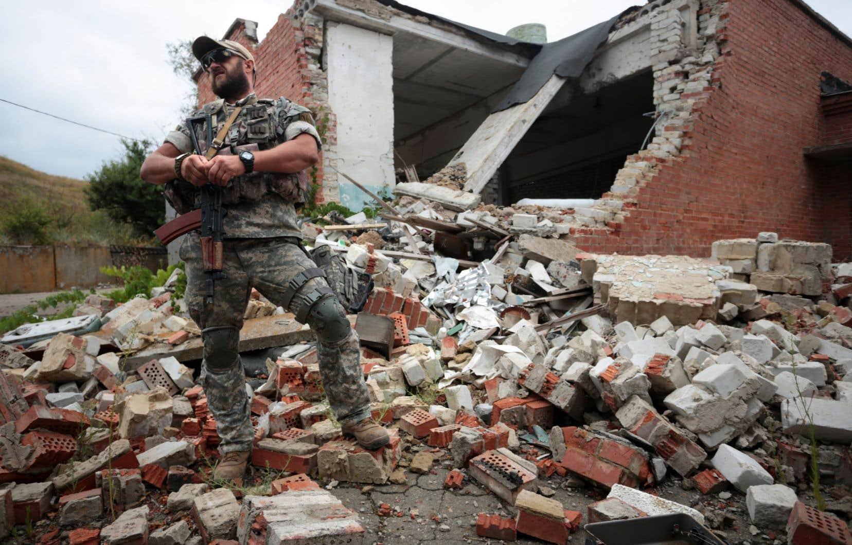 L'Ukraine est en proie depuis deux ans à un conflit opposant ses forces armées à des séparatistes prorusses.