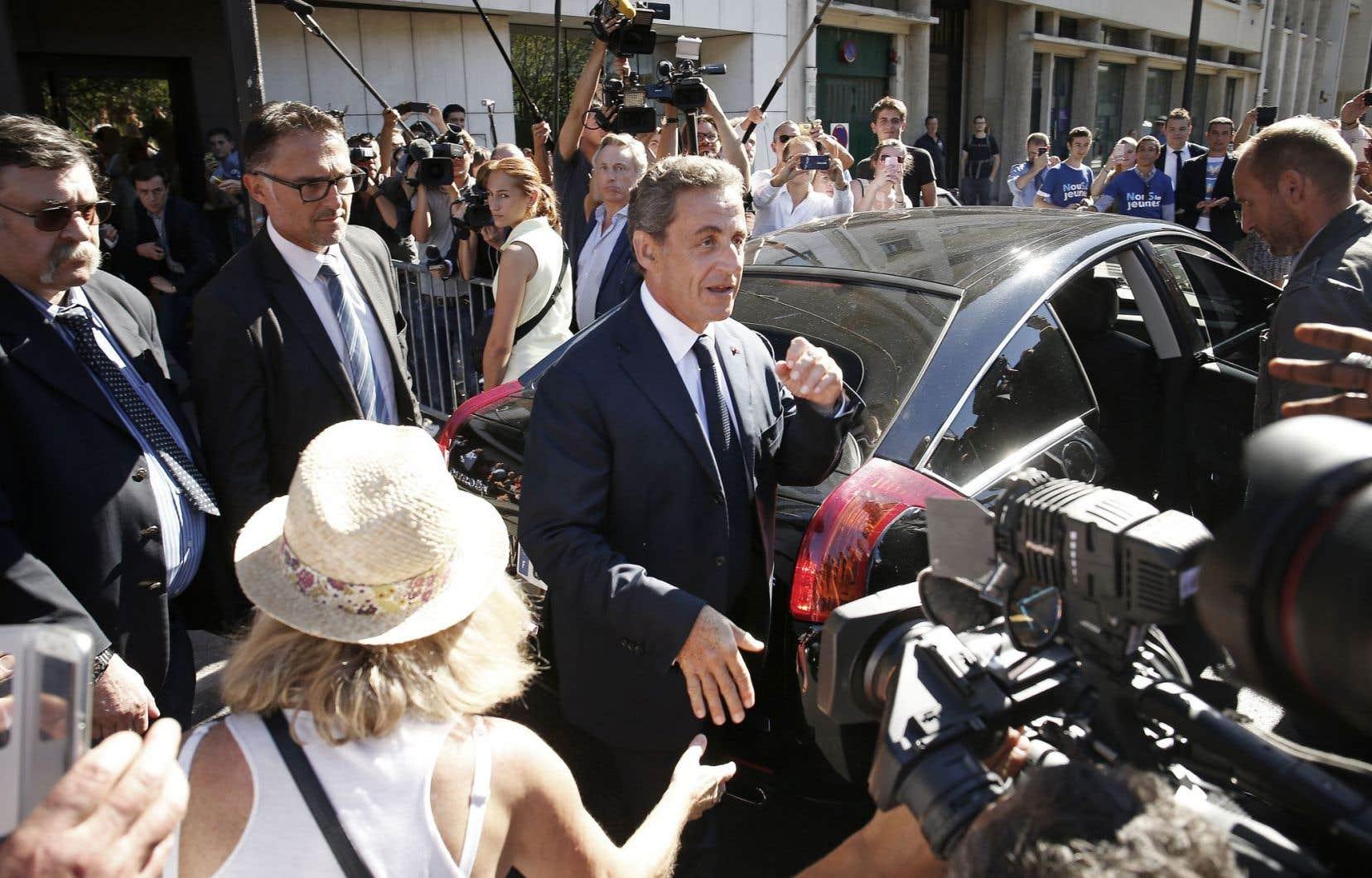 Nicolas Sarkozy a annoncé lundi qu'il se lançait dans les primaires des Républicains pour être candidat à la présidentielle de 2017.