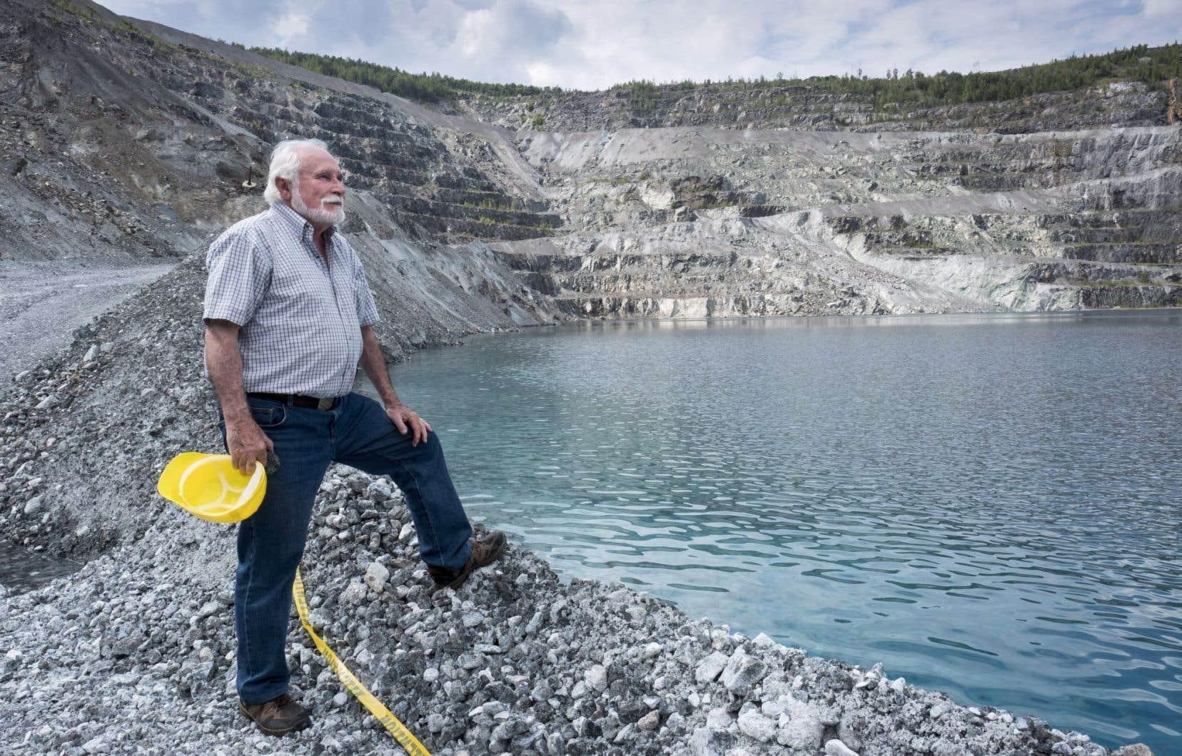 Francesco Spertini, un géologue à la retraite, a travaillé pour la mine Jeffrey pendant 32ans.