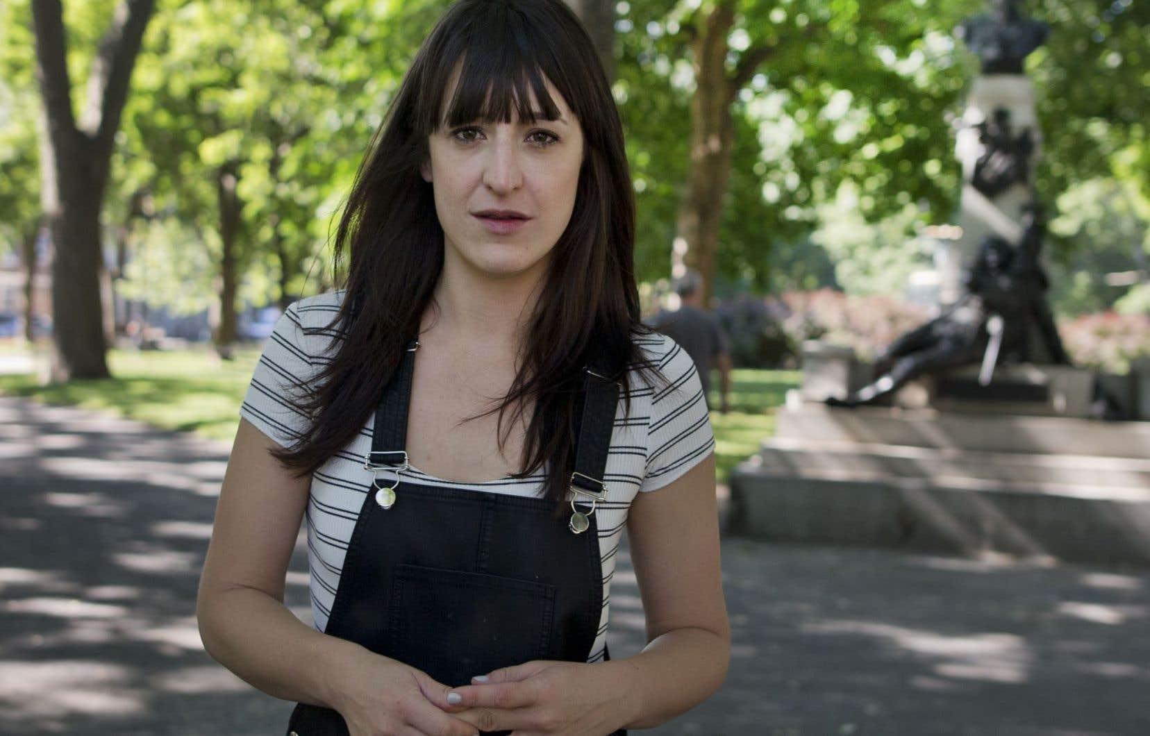 La nouvelle série «Les Simone» à Radio-Canada offre un premier grand rôle à Anne Élisabeth Bossé.