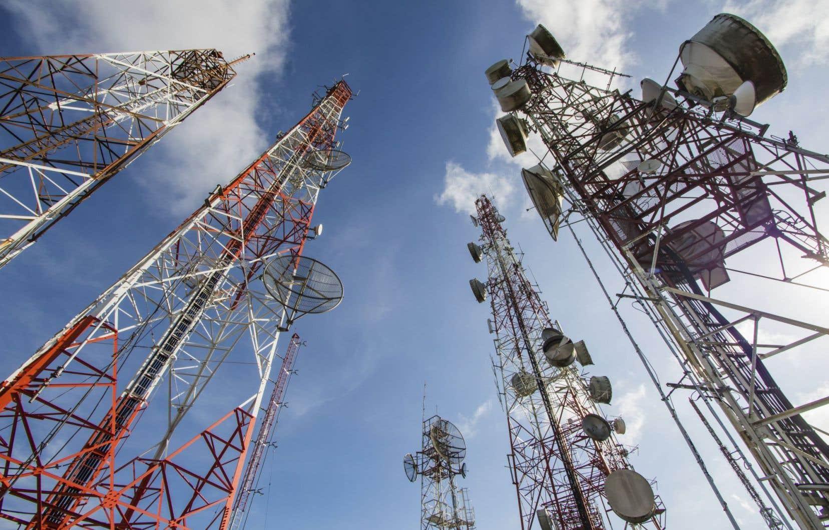 Selon une étude brésilienne, le taux de mortalité par cancer est beaucoup plus élevé pour la population résidant ou travaillant à moins de 500 mètres des tours/antennes.