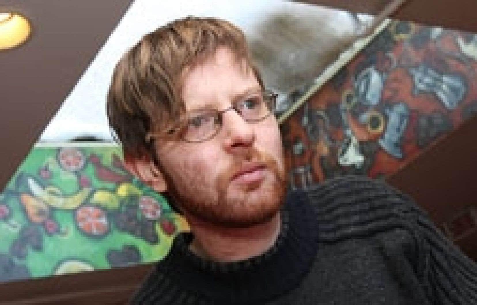 Le dernier album de Carl-Éric Hudon, Contre le tien Ananas Bongo Love,  est conçu comme un récit dans lequel les chapitres seraient dans le désordre.