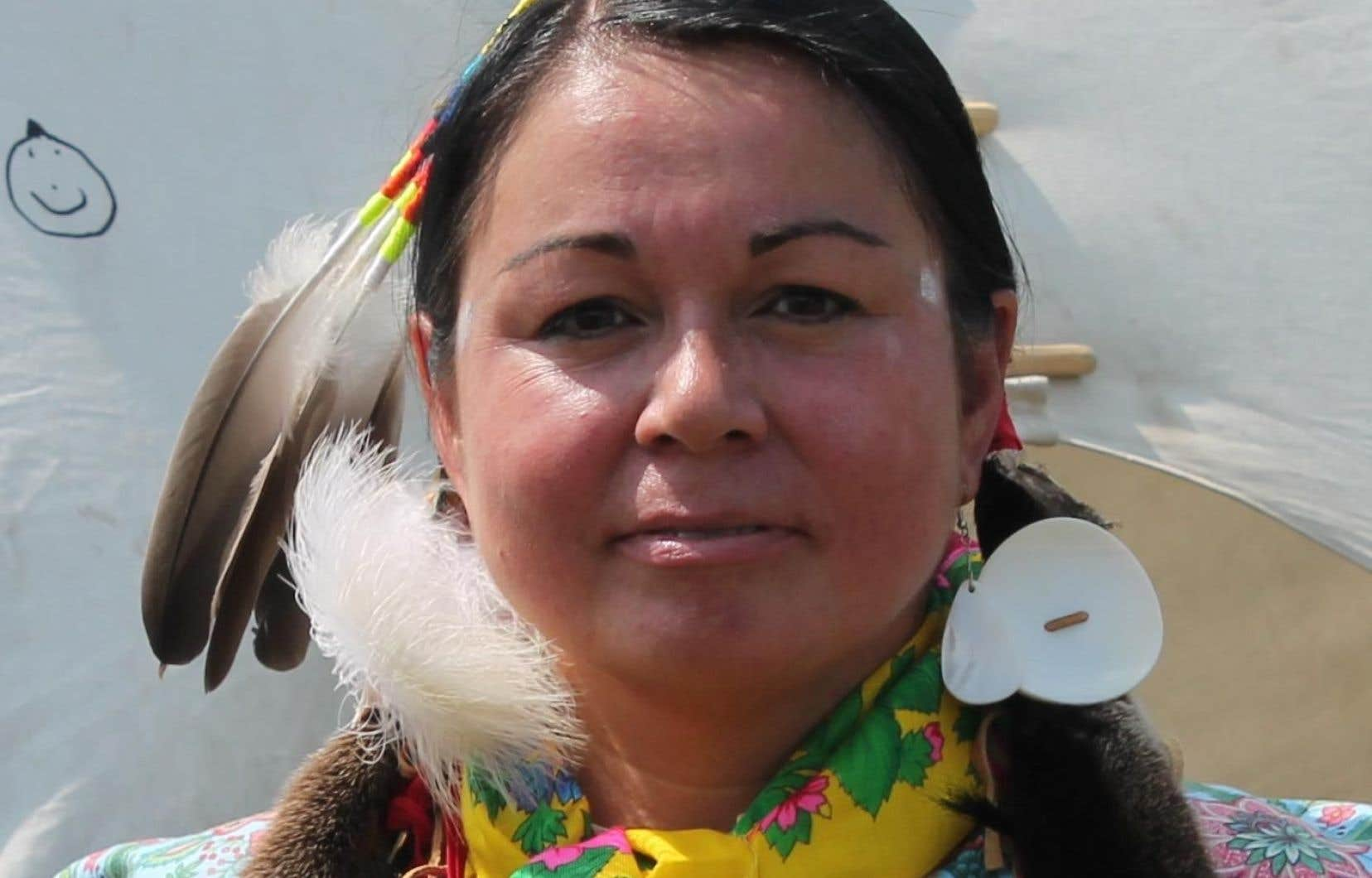Eva Ottawa était jusqu'à tout récemment membre de la Commission des droits de la personne.