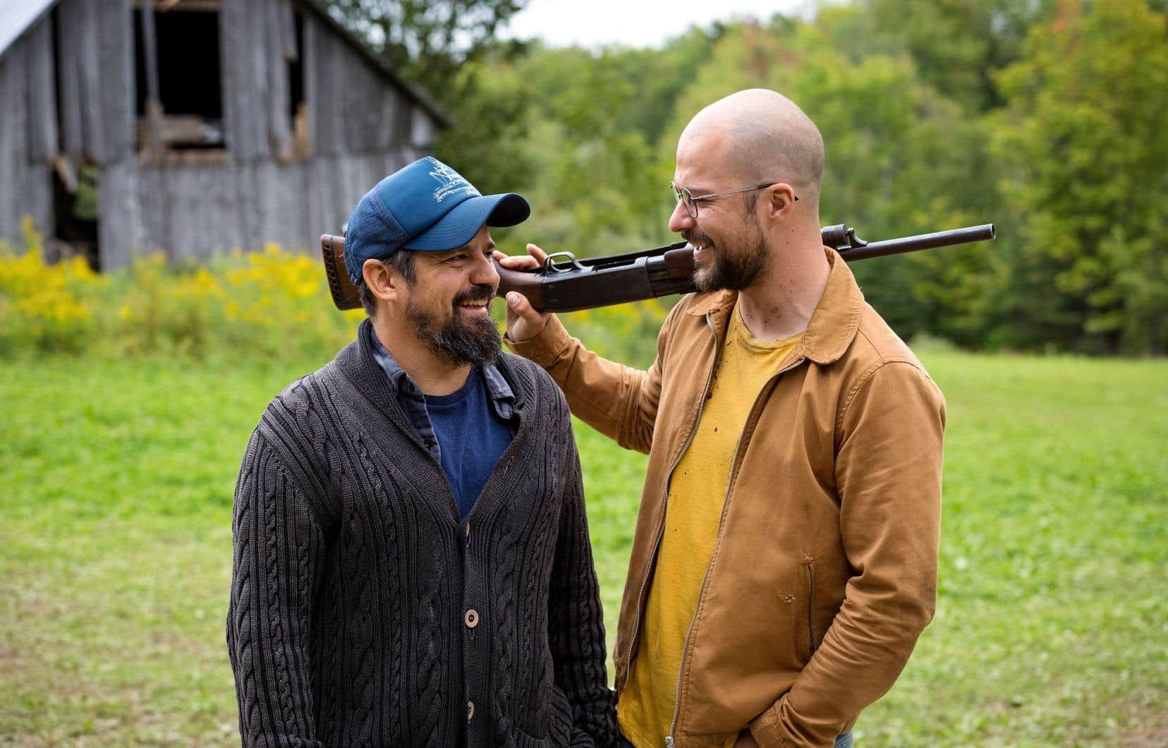 Le réalisateur Robin Aubert travaille entre autres avec le comédien Marc-André Grondin sur un plateau qu'il décrit comme le plus libre qu'il ait dirigé.