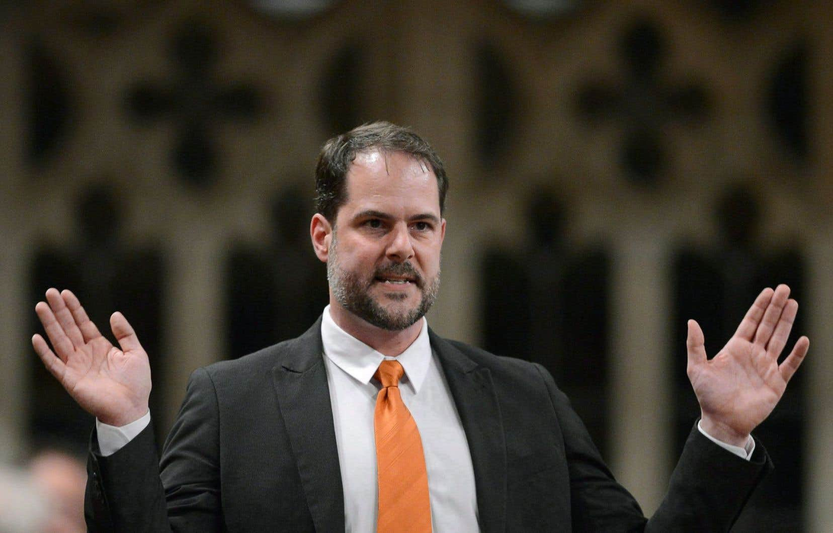Le député de Rosemont-La Petite Patrie, Alexandre Boulerice, cite des raisons familiales pour expliquer sa décision.
