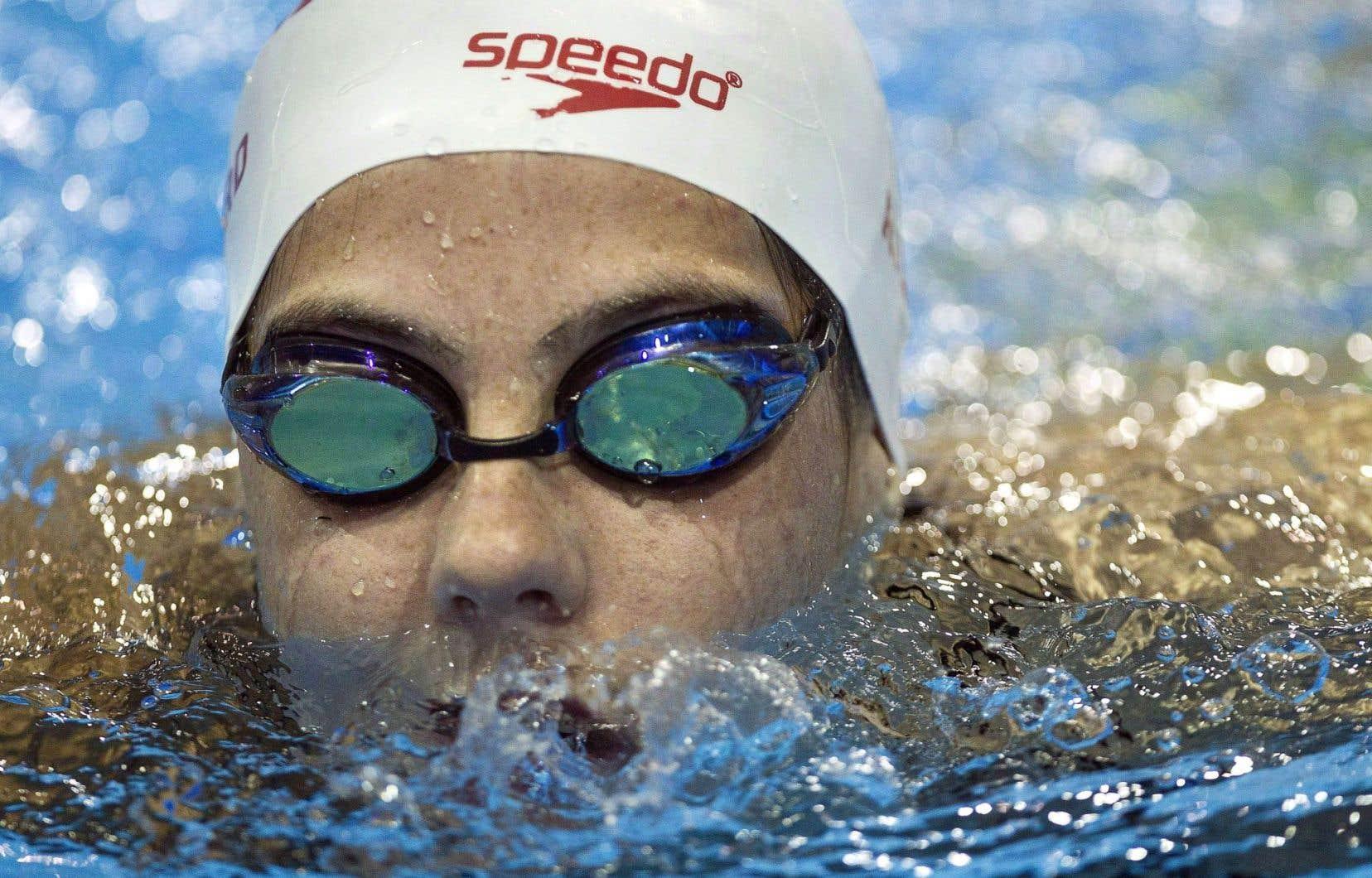 La nageuse Aurélie Rivard a brisé un record en ronde préliminaire.