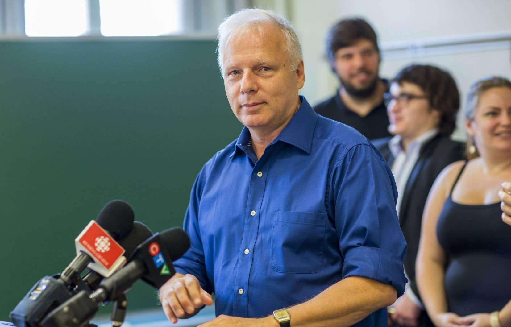 Jean-François Lisée s'est distancié de certains des aspects de la charte dans la foulée de la défaite de son parti en 2014.