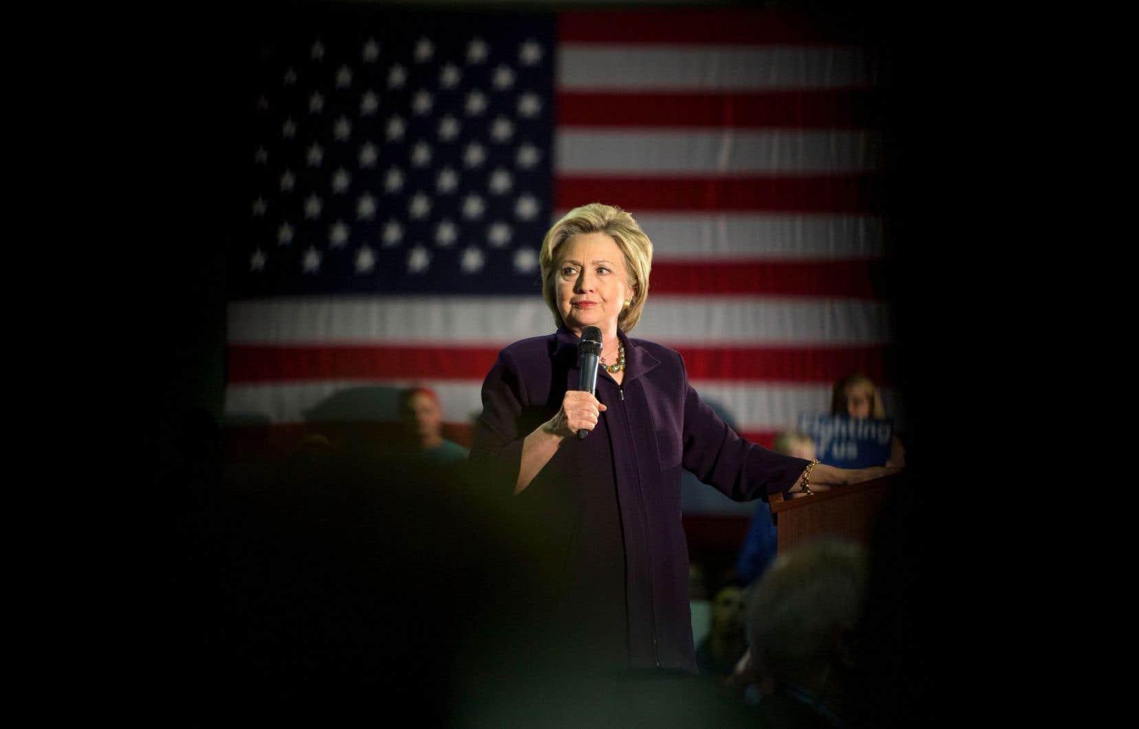 Hillary Clinton, soignée pour une pneumonie, reprendra la campagne cette semaine.