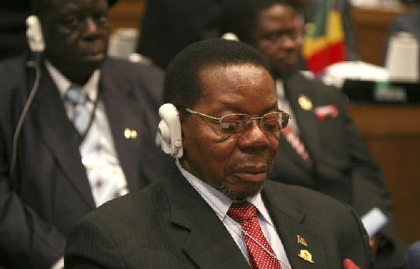Le président de la République du Malawi, Bingu wa Mutharika, a été élu hier à la présidence de l'Union africaine. «J'accepte cette responsabilité avec humilité», a déclaré l'homme de 76 ans.