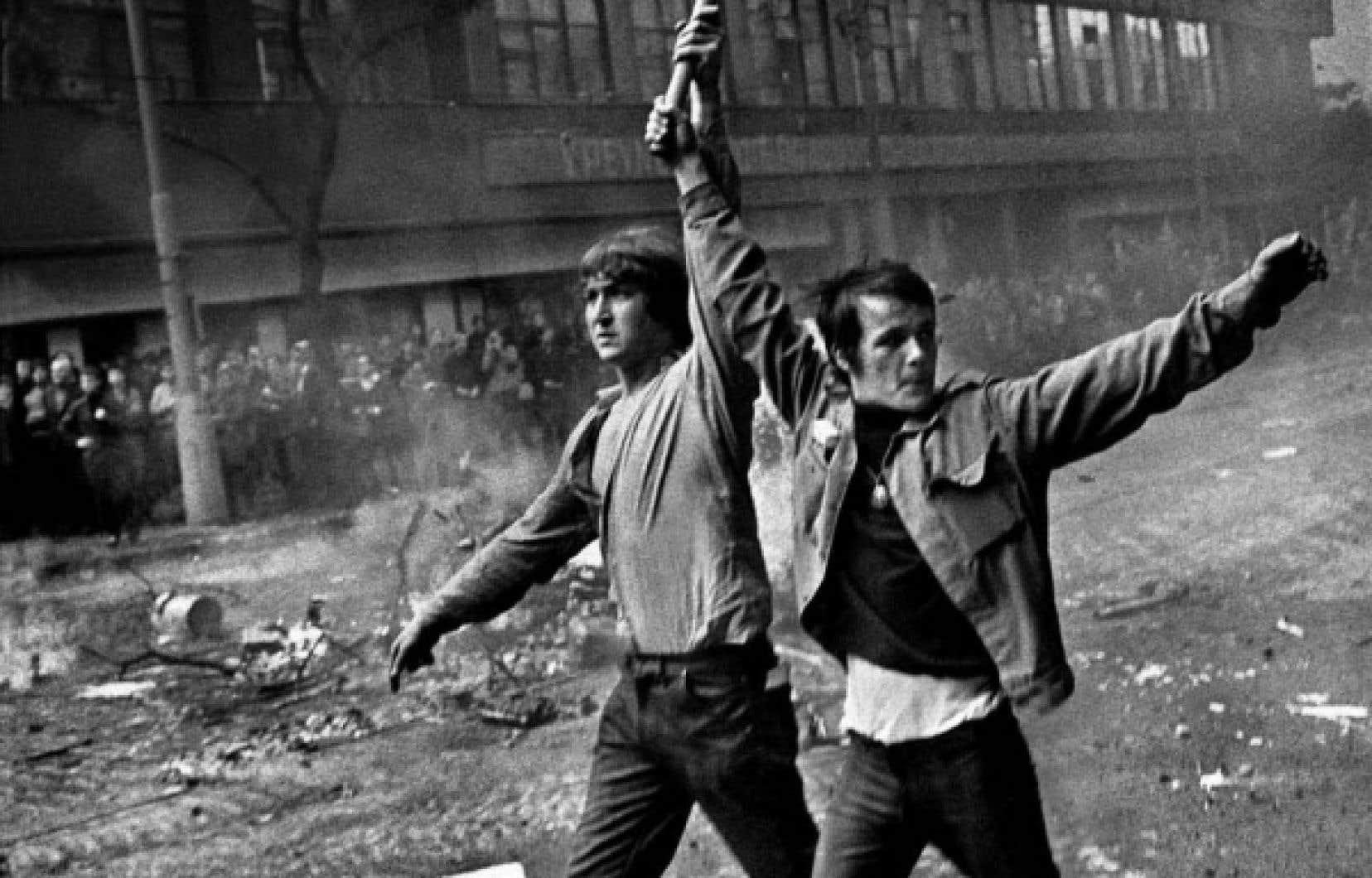 Joseph Koudelka, célèbre notamment pour avoir photographié l'invasion soviétique de Prague en 1968 (notre photo), compte au nombre des membres de l'imposante écurie de Magnum.
