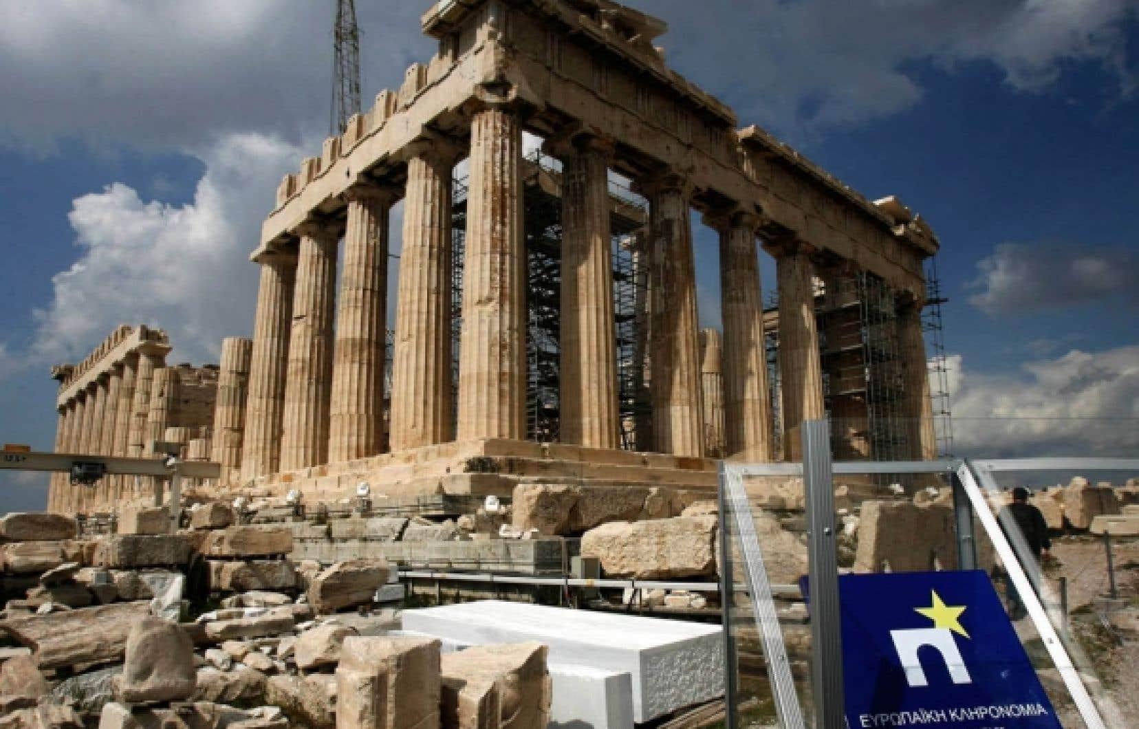 Le gouvernement socialiste grec, qui obtiendra aujourd'hui la réponse de la Commission européenne, promet de ramener le déficit de l'État à 12,7 % du produit intérieur brut en 2009, à 8,7 % cette année, puis sous la limite de 3 % normalement autorisée par les règles européennes au plus tard en 2012.