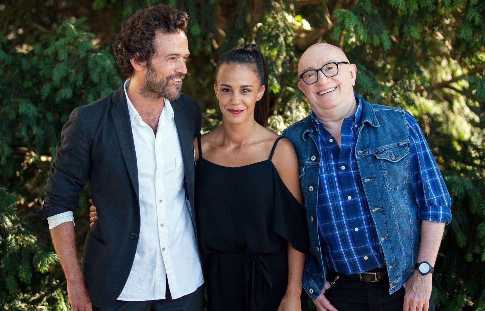 «Un petit boulot» met en scène les acteurs Romain Duris, Alice Belaïdi et Michel Blanc.