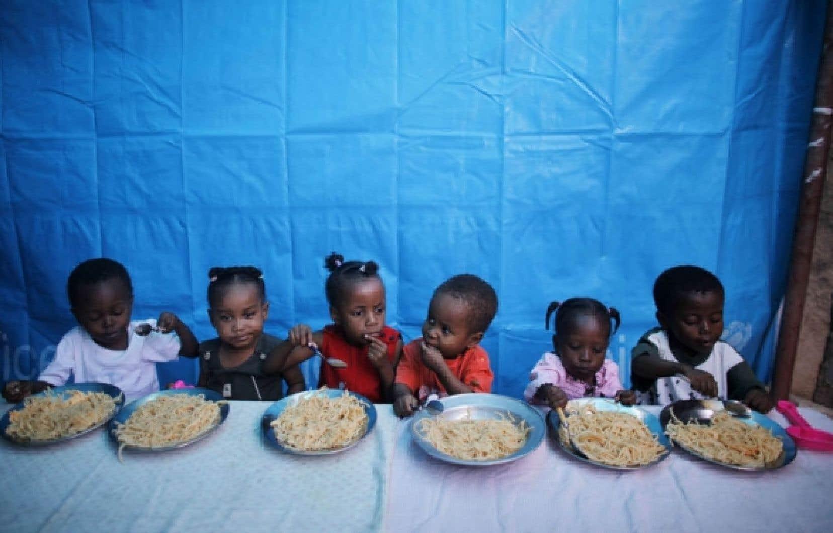 Avant le séisme, 300 000 enfants haïtiens vivaient dans des orphelinats.