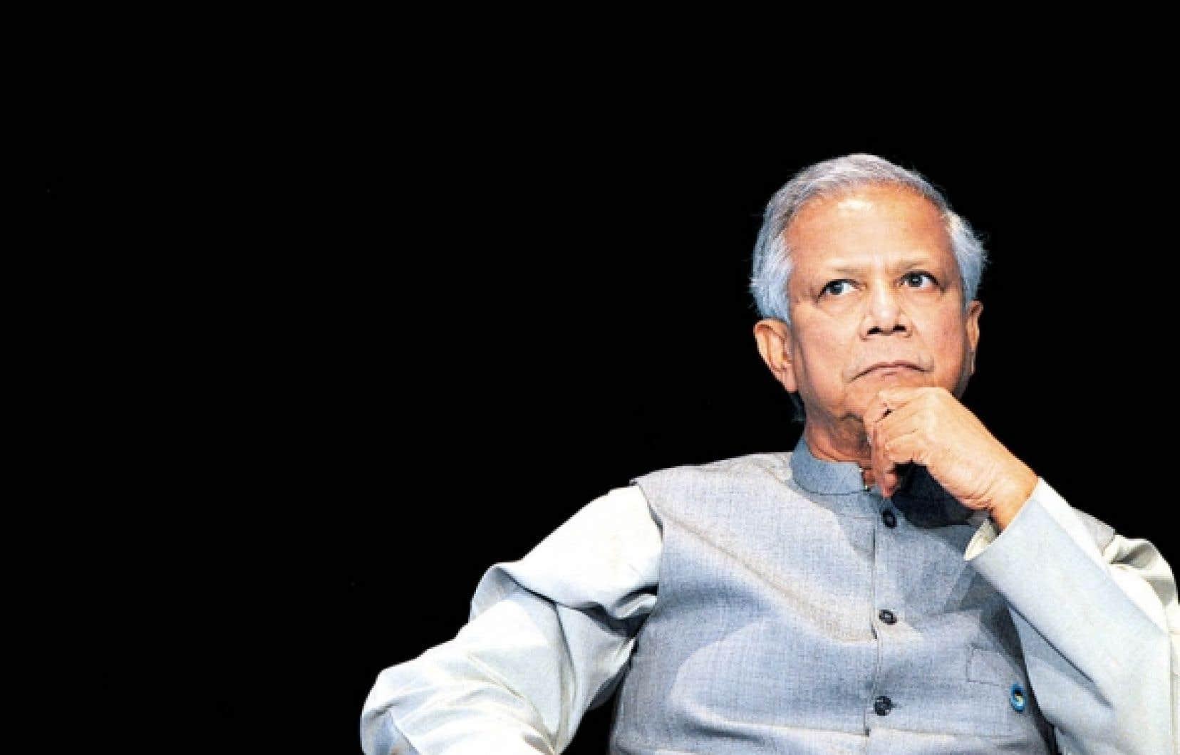"""«Il faut créer des entreprises pour changer la vie des autres, faire du """"business social""""», estime le Prix Nobel de la paix et père du microcrédit, Muhammad Yunus."""