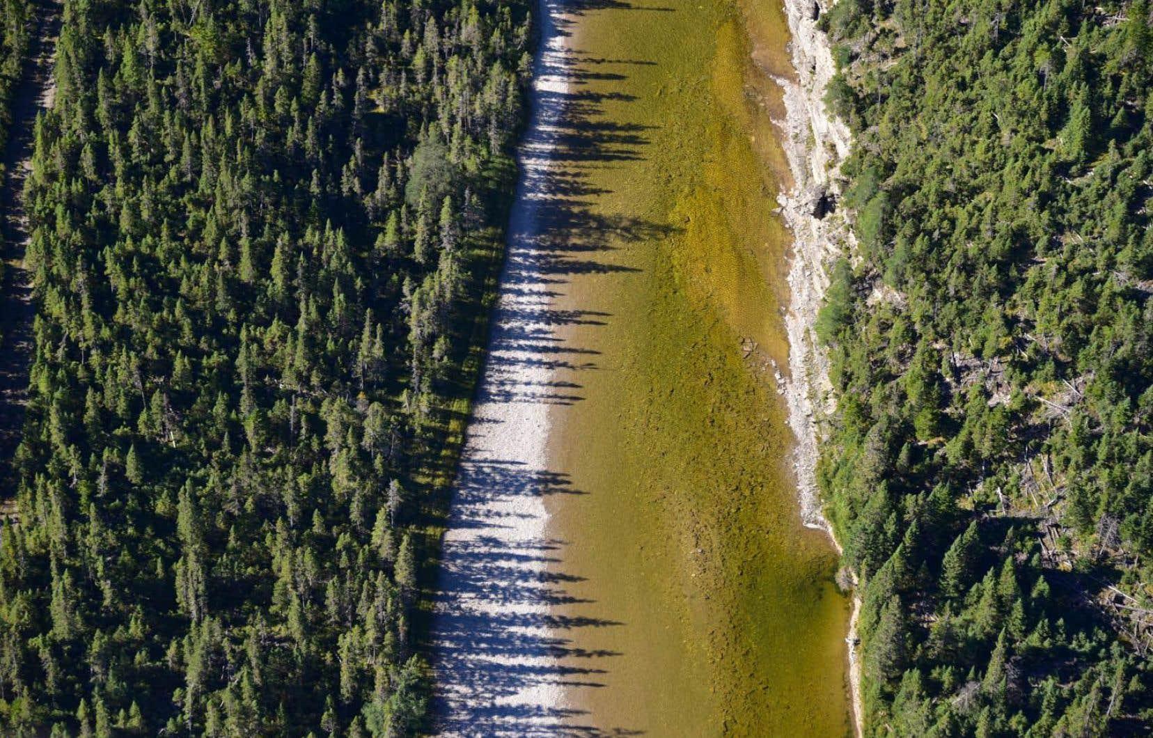 Des bassins devront être aménagés pour contenir l'eau nécessaire pour les opérations de fracturation. Ci-dessus, la rivière Jupiter.