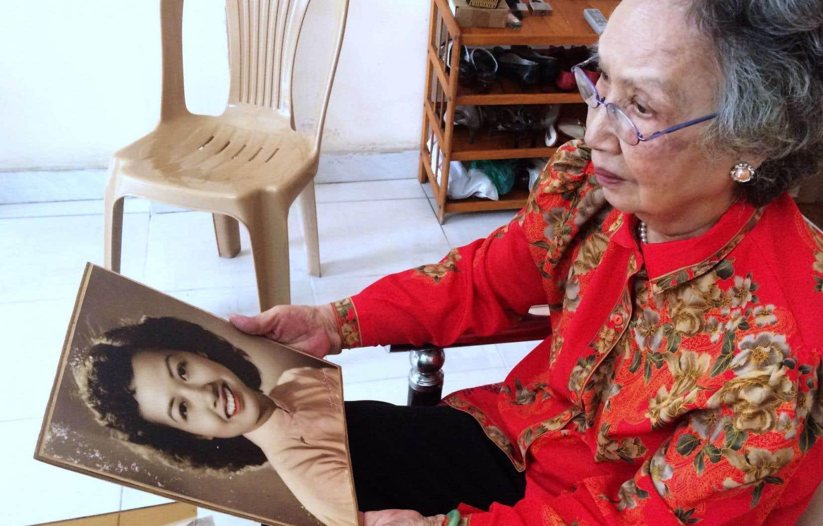 De son vrai nom Trinh Thi Ngo, elle était la plus célèbre des dizaines de reporters chargés de démoraliser les GI depuis Hanoï la communiste.