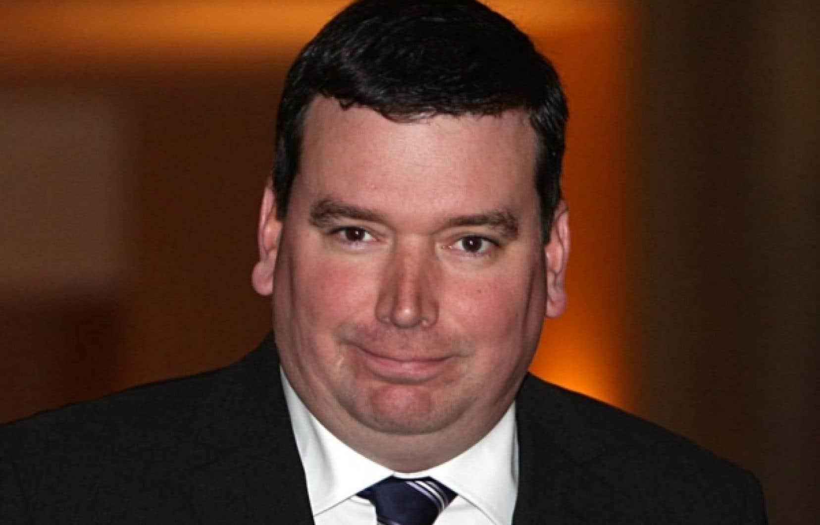 Le ministre Christian Paradis admet une erreur de jugement de son personnel