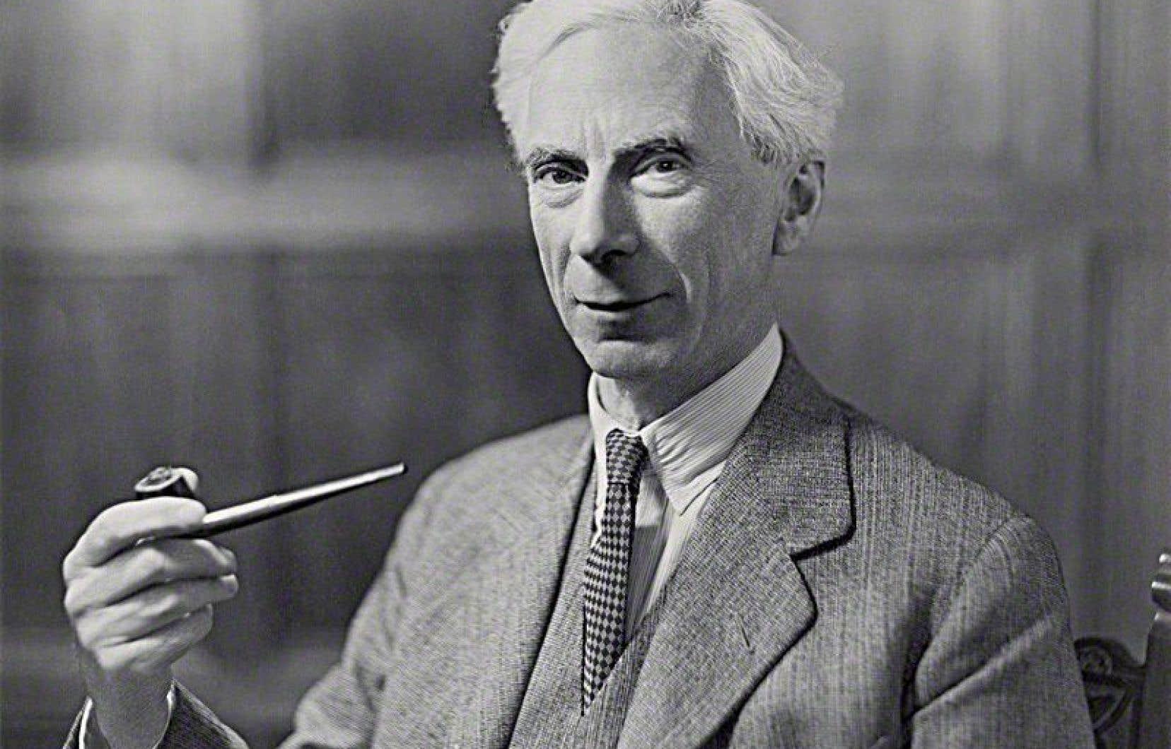 Écrit pendant la Première Guerre mondiale, le livre de Bertrand Russell contient des idées pacifistes et anticapitalistes.