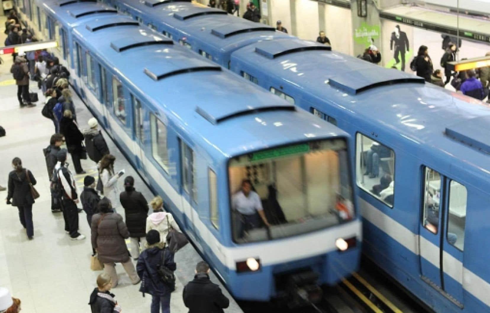 En raison de la courte distance entre les stations, l'acier n'est pas avantageux et ne permet pas de faire de réelles économies, selon Carl Desrosiers, directeur exécutif de l'exploitation du métro.