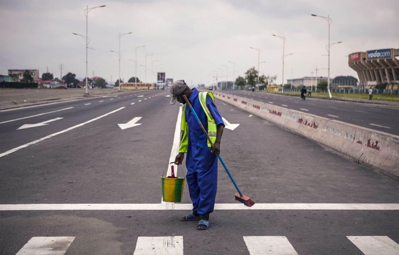 Dans la capitale, Kinshasa, la quasi-totalité des boutiques sont restées fermées.