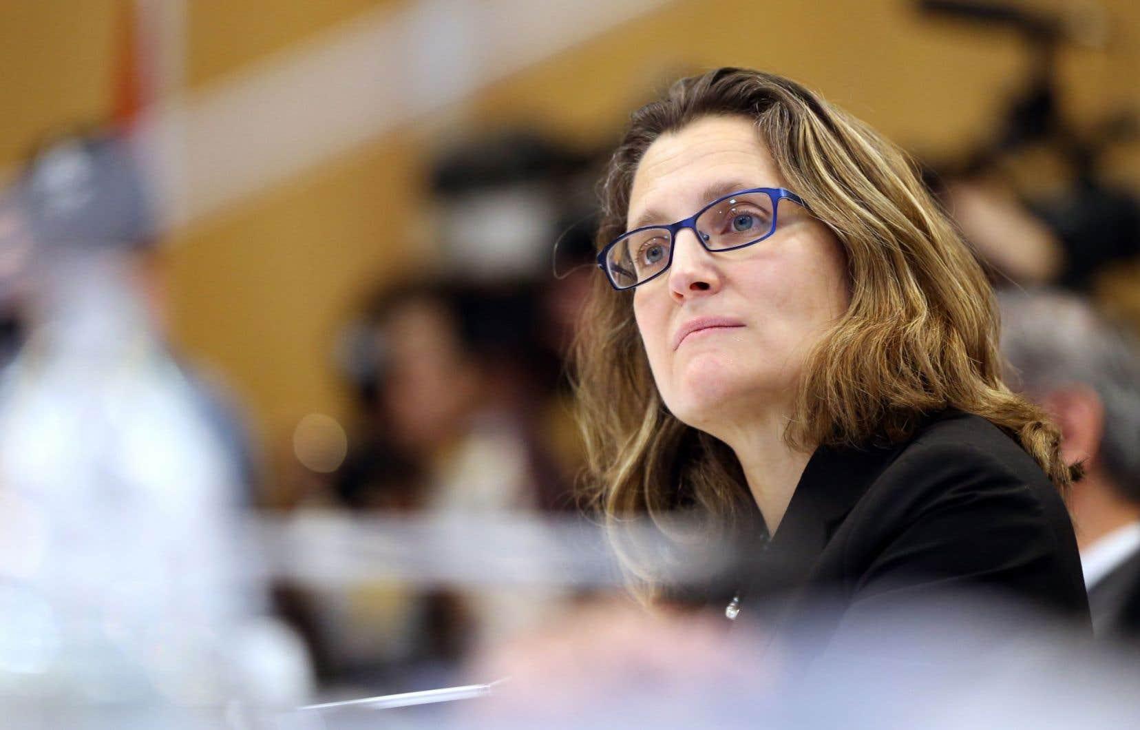 La ministre du Commerce international, Chrystia Freeland, est rentrée au Canada sans être parvenue à convaincre la Wallonie.