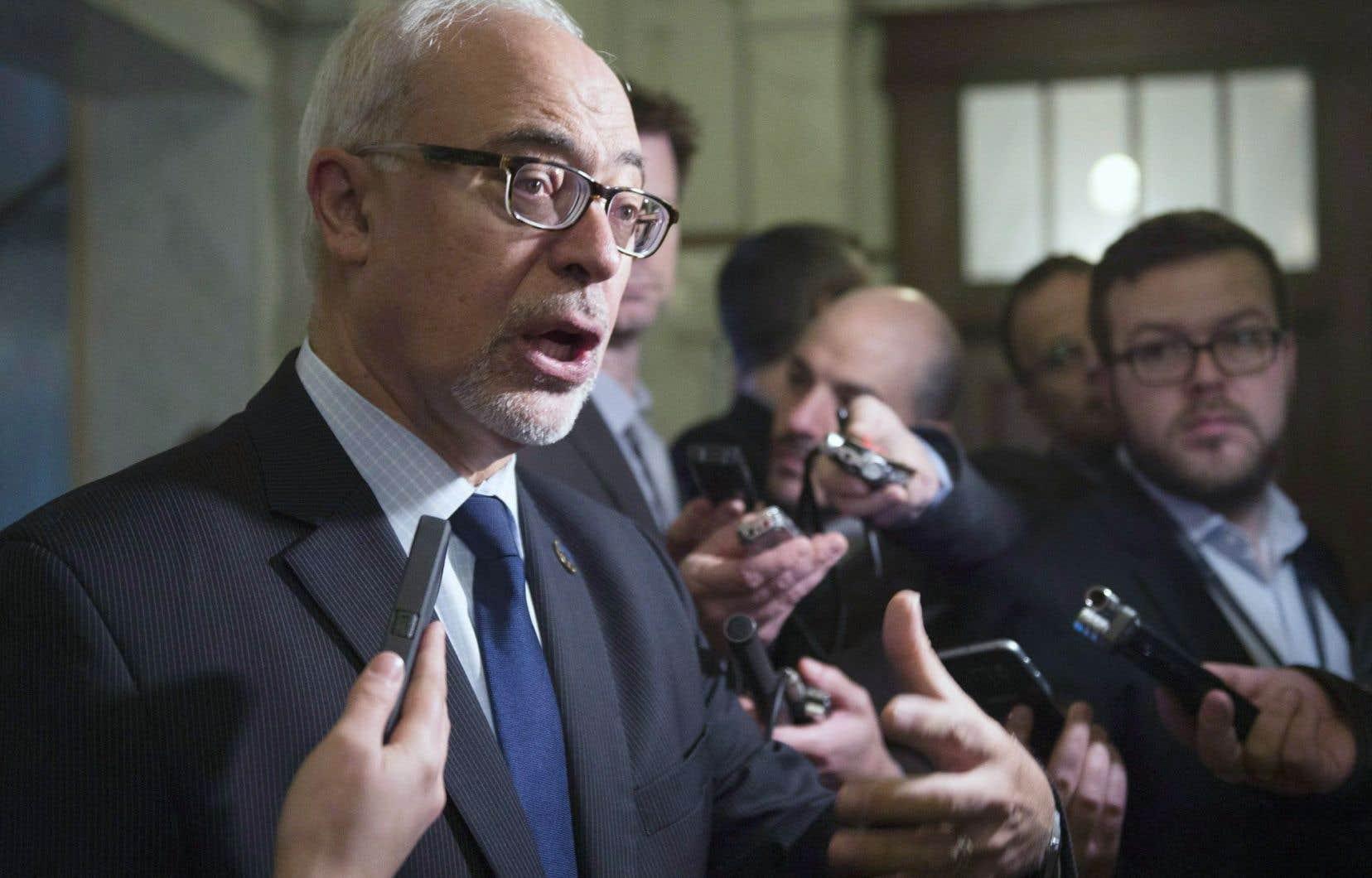 Carlos Leitão a présenté la mise à jour économique du gouvernement libéral, à Québec, cette semaine.