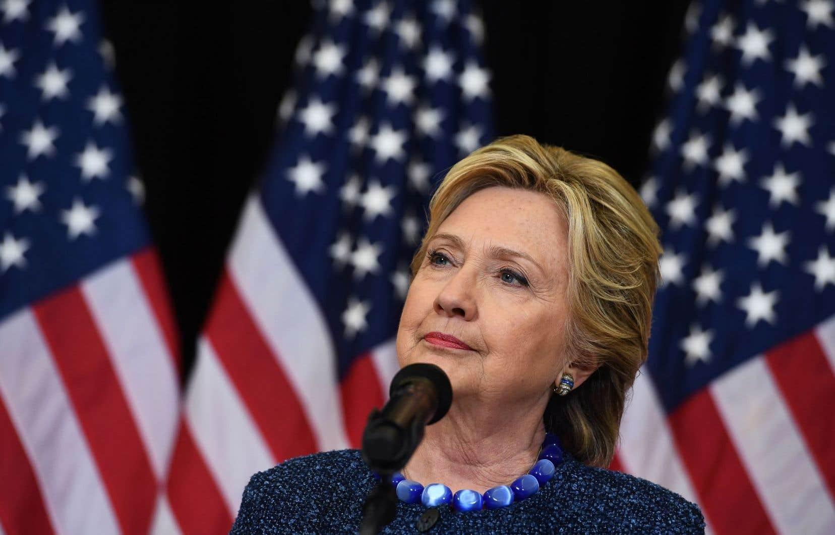 Hillary Clinton a déclaré que, selon elle, le FBI «ne changera pas ses conclusions de juillet».