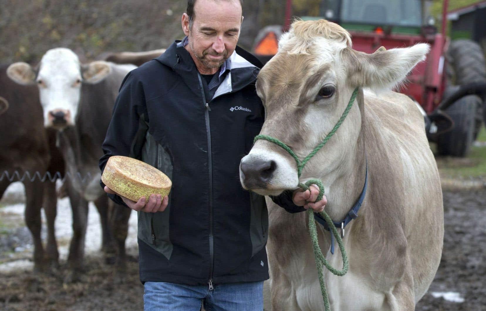 Daniel Gosselin, copropriétaire d'un petit élevage de vaches et d'une fromagerie artisanale