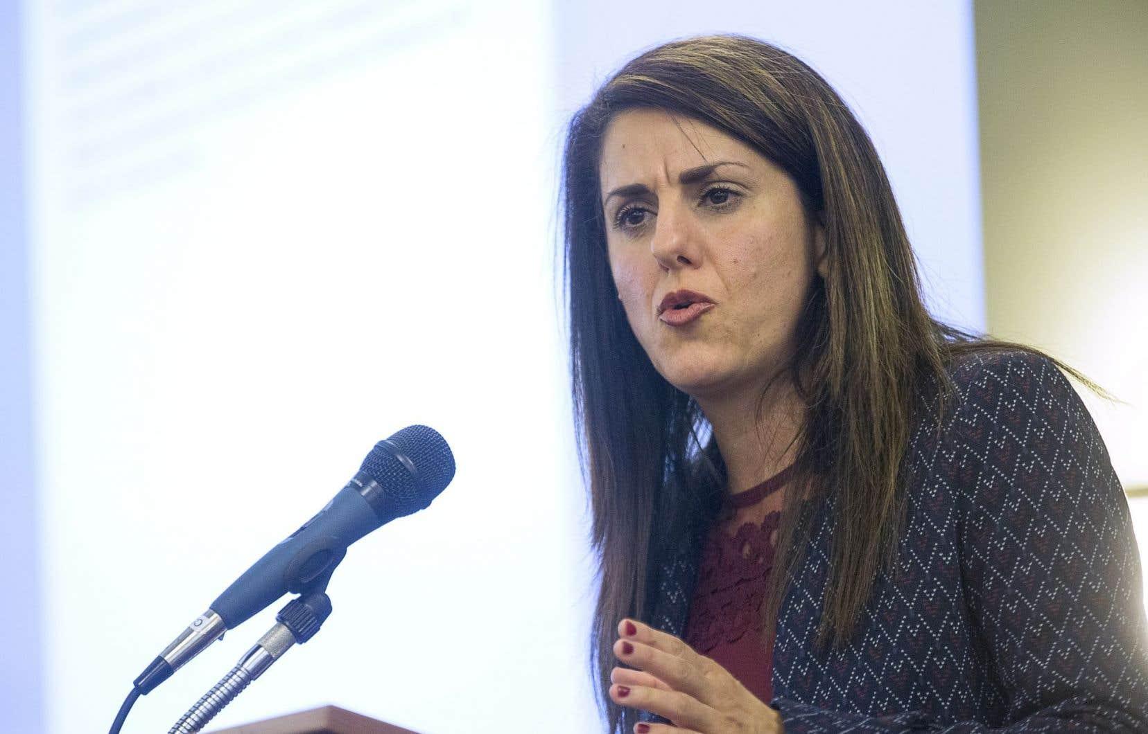 La militante et auteure Djemila Benhabib, membre du Rassemblement pour la laïcité, a déploré mercredi que les défenseurs de la laïcité soient souvent taxés d'islamophobes.