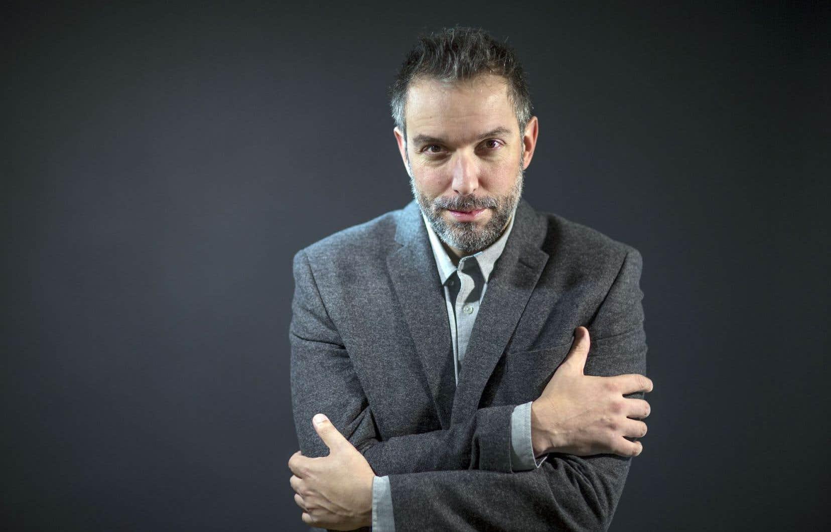 Jean-Simon DesRochers revient à la poésie, treize ans après son prix Nelligan pour «Parle seul».