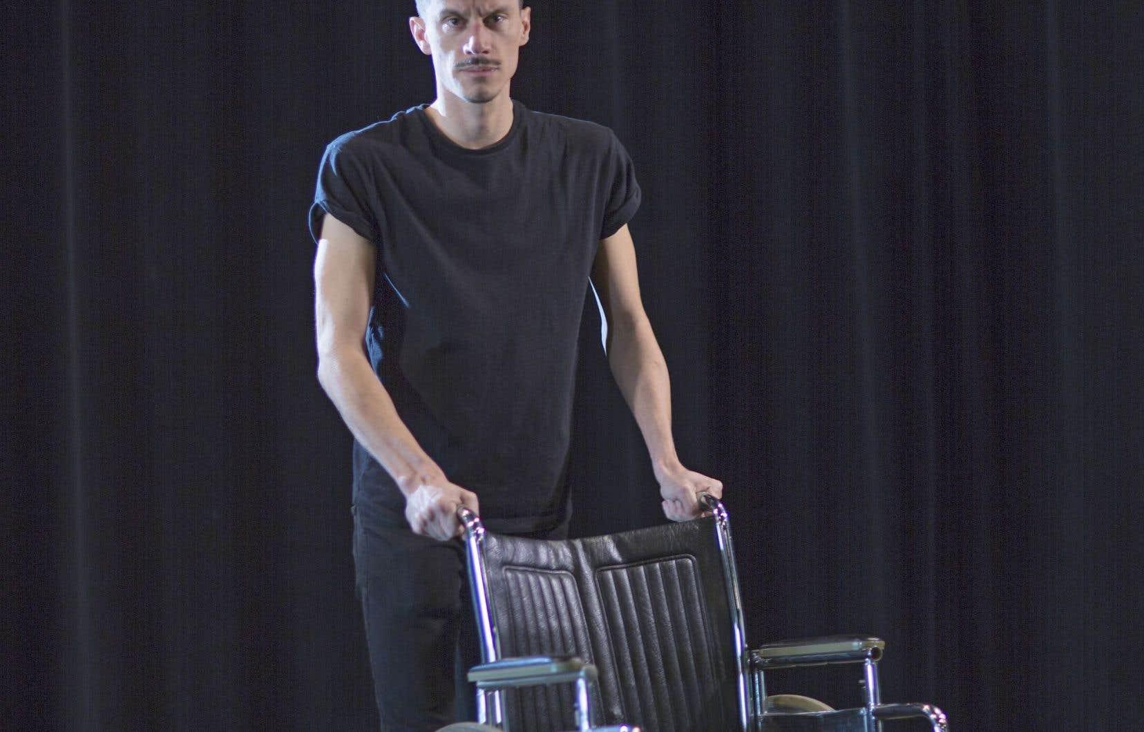 La pièce de Sébastien David explore la cassure entre les générations, palpable à l'issue de la grève, qui a laissé chez beaucoup de Québécois la perception que les jeunes s'étaient comportés comme des enfants gâtés.