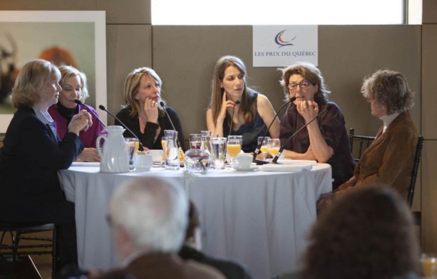 La table ronde organisée par la ministre Christine St-Pierre et animée par Sophie Durocher a rassemblé hier Clémence DesRochers, Paule Baillargeon, Marie-Éva de Villers, et Monique Mercure.