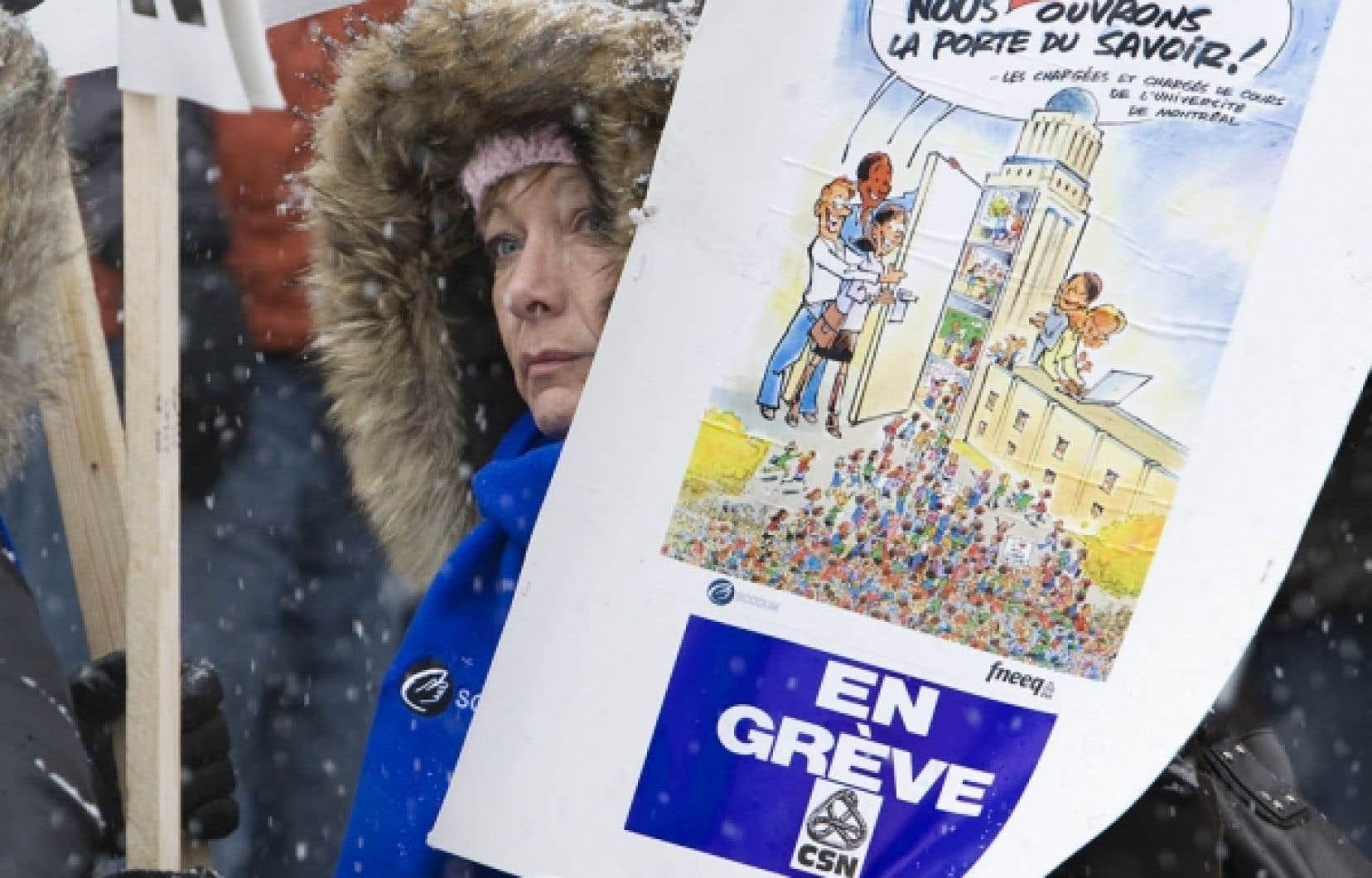 Certains chargés de cours de l'Université de Montréal songent à convoquer une autre assemblée générale pour tenir un nouveau vote sur le mandat de grève.