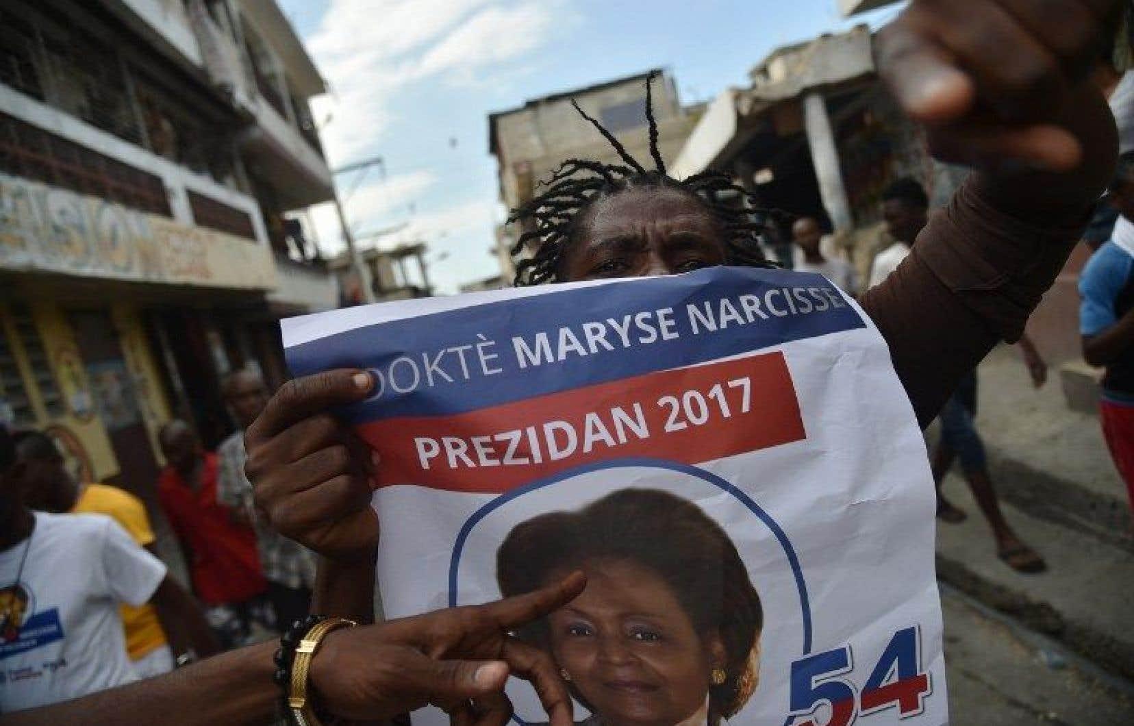 Dimanche, près de 6,2millions d'électeurs haïtiens se sont rendus dans les bureaux de vote pour élire le président ainsi que des députés et des sénateurs.