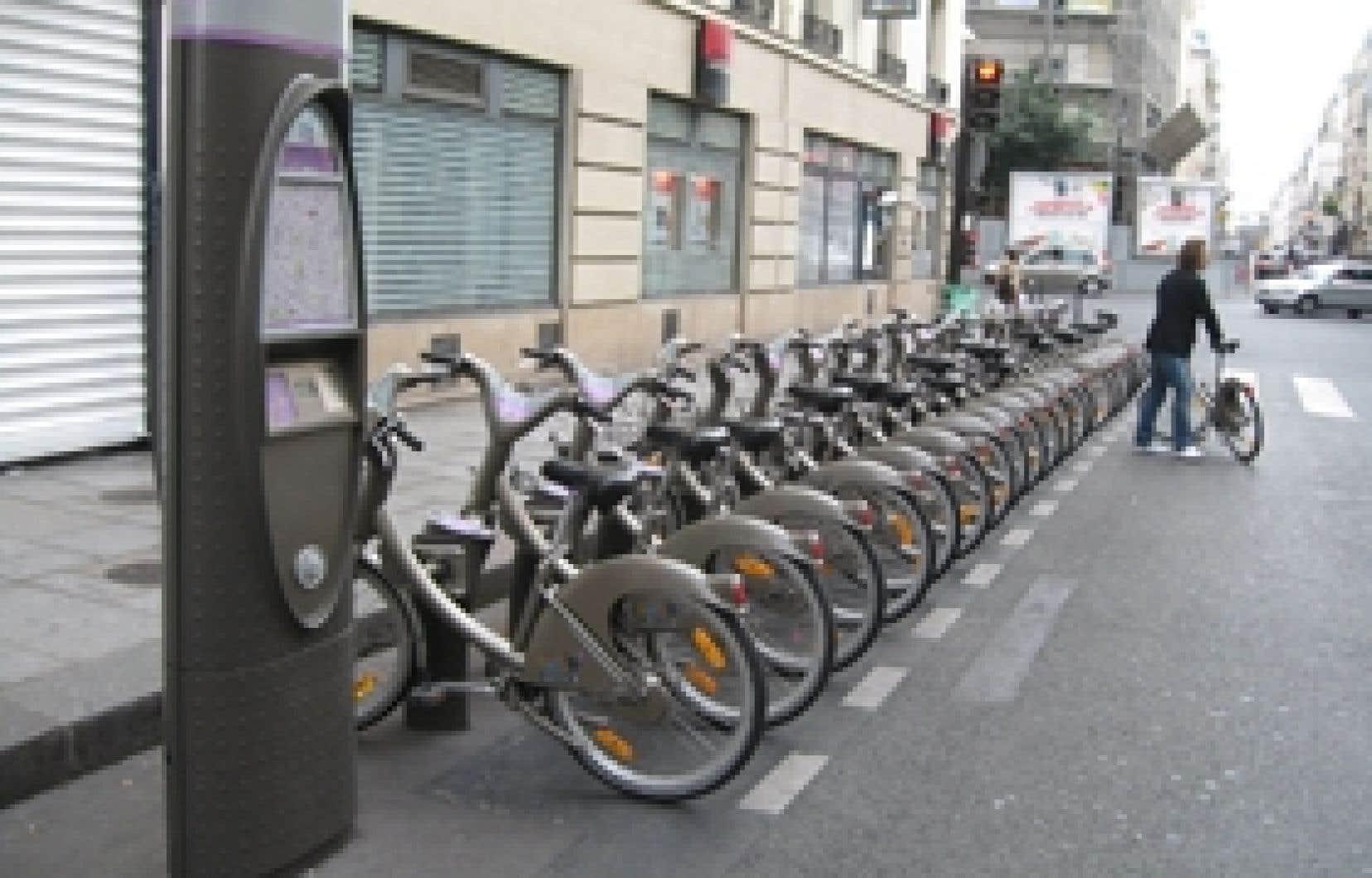 Sur les 16 000 vélos en service depuis le 11 juillet 2007, 3000 ont été sérieusement endommagés et 3000 ont disparu. Aux différentes bornes parisiennes, il devient important de vérifier que le verrouillage de la selle n'est ni bloqué ni endomma