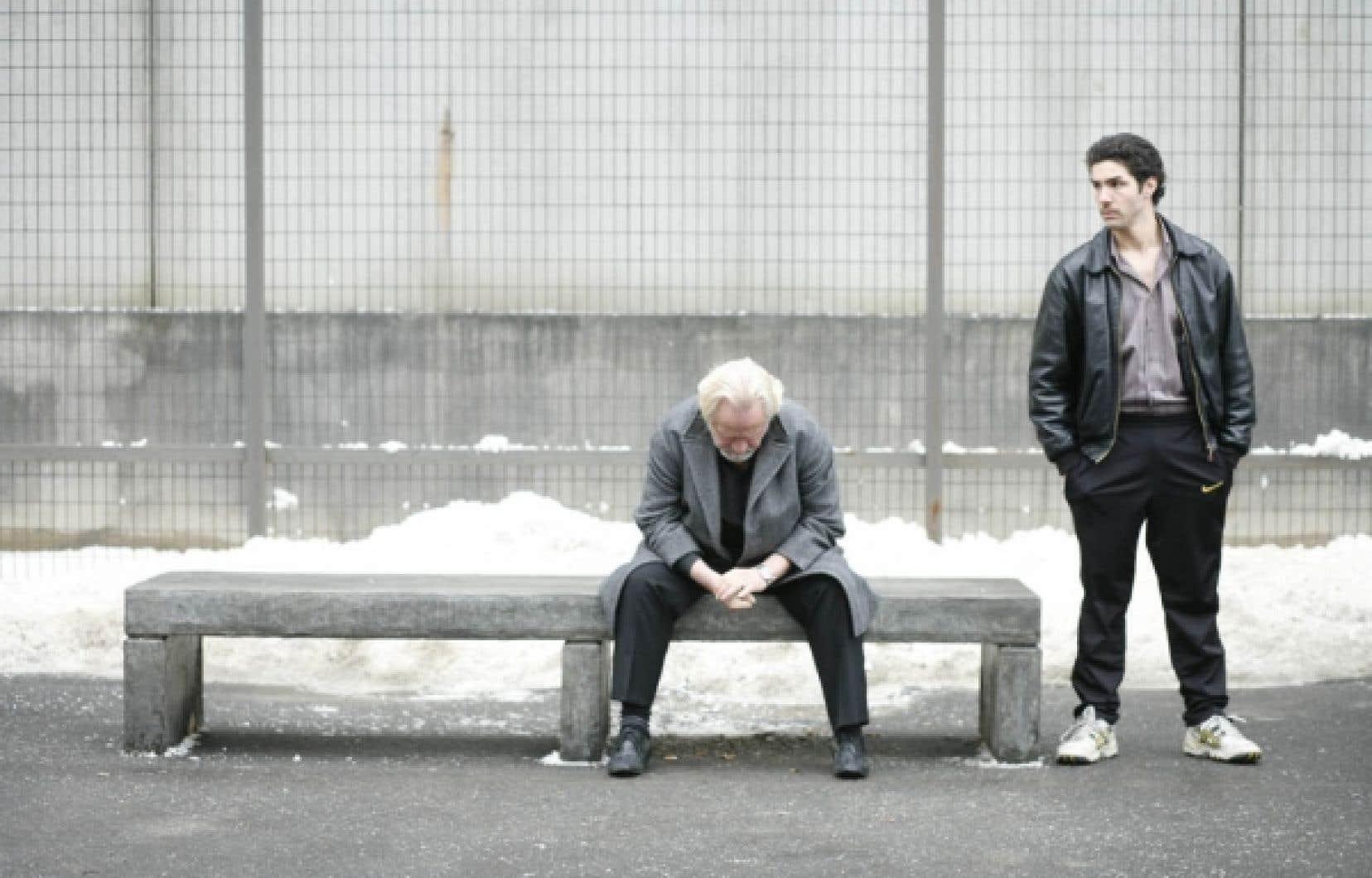 Niels Arestrup et Tahar Rahim, dans l'émouvant thriller de Jacques Audiard, Un prophète