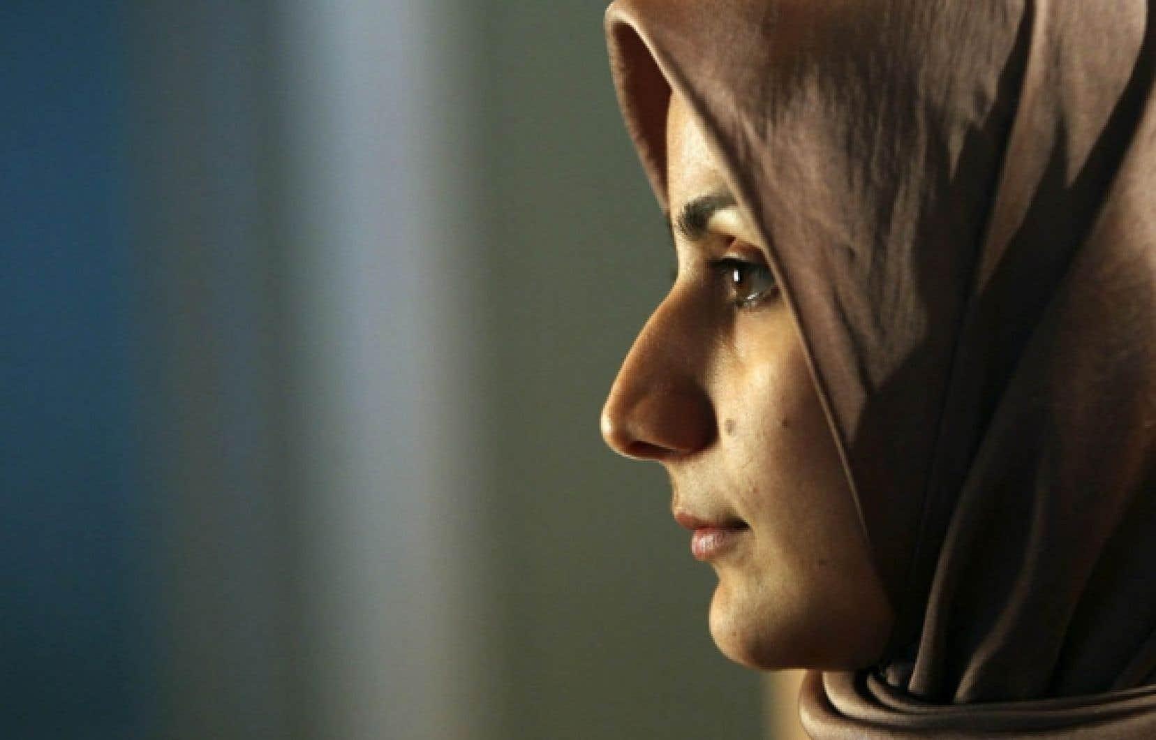 En vertu de la Charte canadienne des droits et libertés, les convictions religieuses ne sont pas de l'ordre du collectif, elles sont individuelles.
