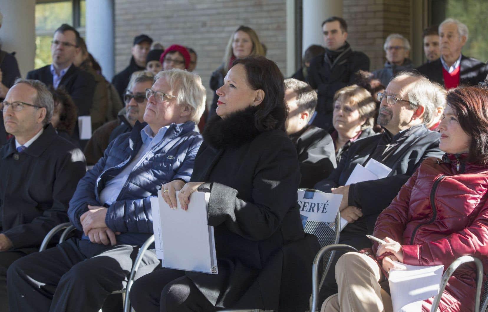 Le 23octobre dernier au parc Lafontaine, à Montréal, la ministre déléguée à la Santé publique et aux Saines Habitudes de vie, Lucie Charlebois, a dévoilé sa nouvelle Politique gouvernementale de prévention en santé 2015-2025.