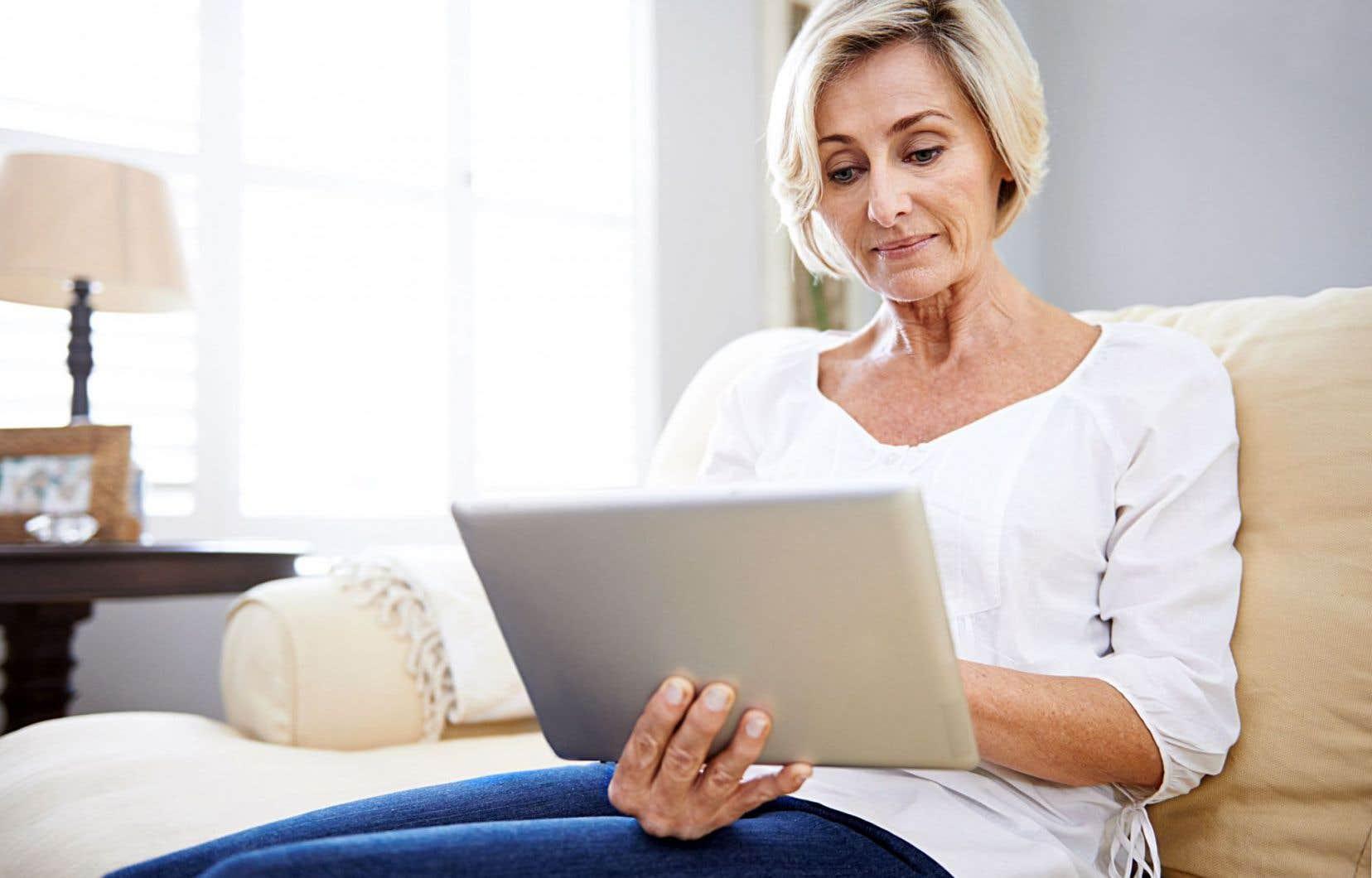 Les outils numériques sont utilisés par moins de 10% des professionnels de la santé et des relations humaines pour réaliser des interventions à distance auprès de clients ou de patients. C'est ce qu'a révélé cette semaine un sondage réalisé par le Conseil interprofessionnel du Québec (CIQ) et le CEFRIO auprès de 3784 professionnels membres d'une douzaine d'ordres professionnels différents.