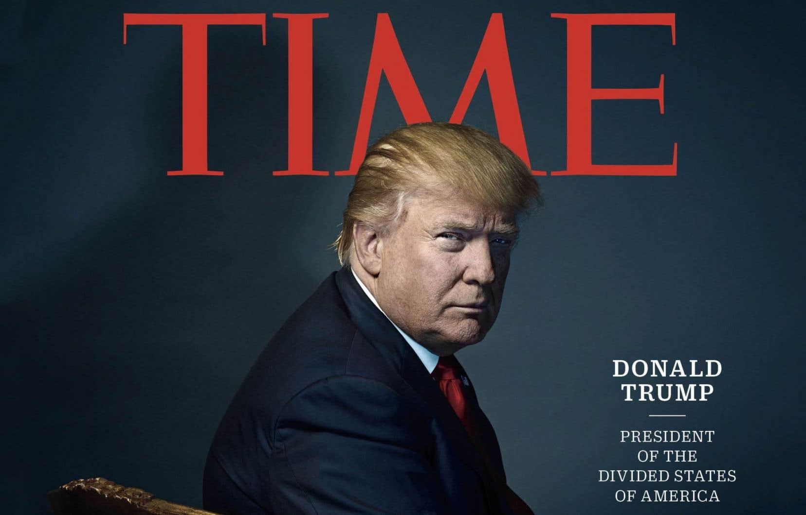 <p>Le président désigné apparaît en couverture du magazine avec le titre <em>«Donald Trump, président des États désunis d'Amérique».</em></p>