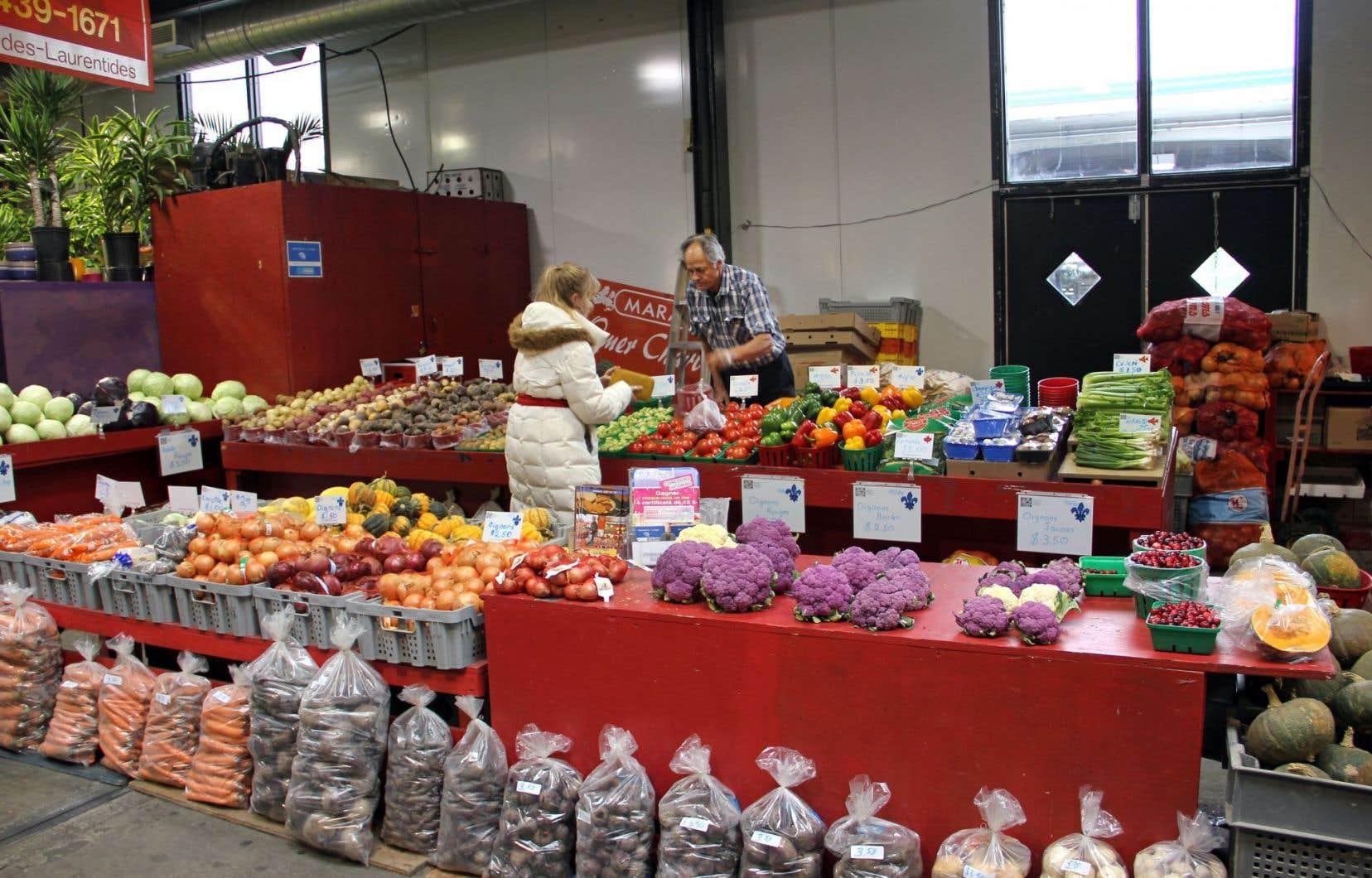 À l'exception des meubles fabriqués au Québec, les produits locaux qui se retrouvent dans le palmarès du Baromètre 2016 de la consommation responsable sont tous des aliments.