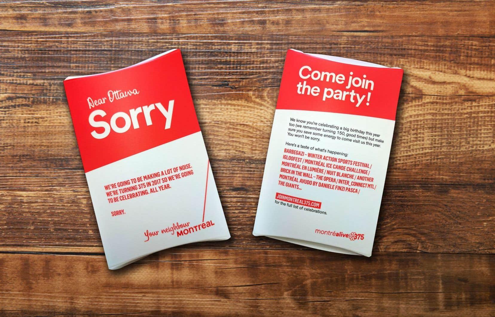 Les enveloppes portant un message unilingue anglophone contiennent des bouchons pour les oreilles.