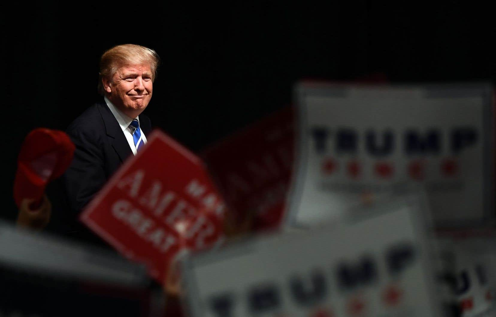 Donald Trump avait affirmé pendant sa campagne que le réchauffement climatique était un canular lancé par la Chine pour affaiblir le secteur manufacturier américain.