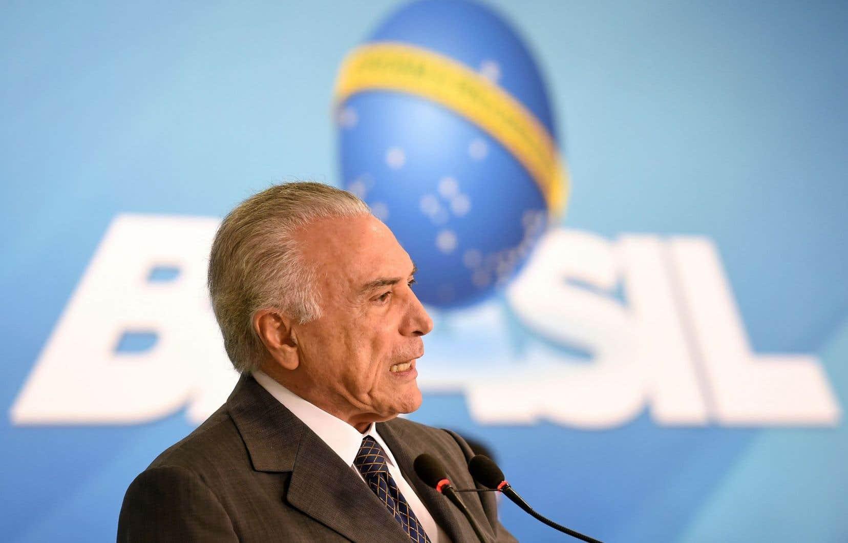 Environ la moitié des Brésiliens juge le gouvernement du président Michel Temer «mauvais ou très mauvais».