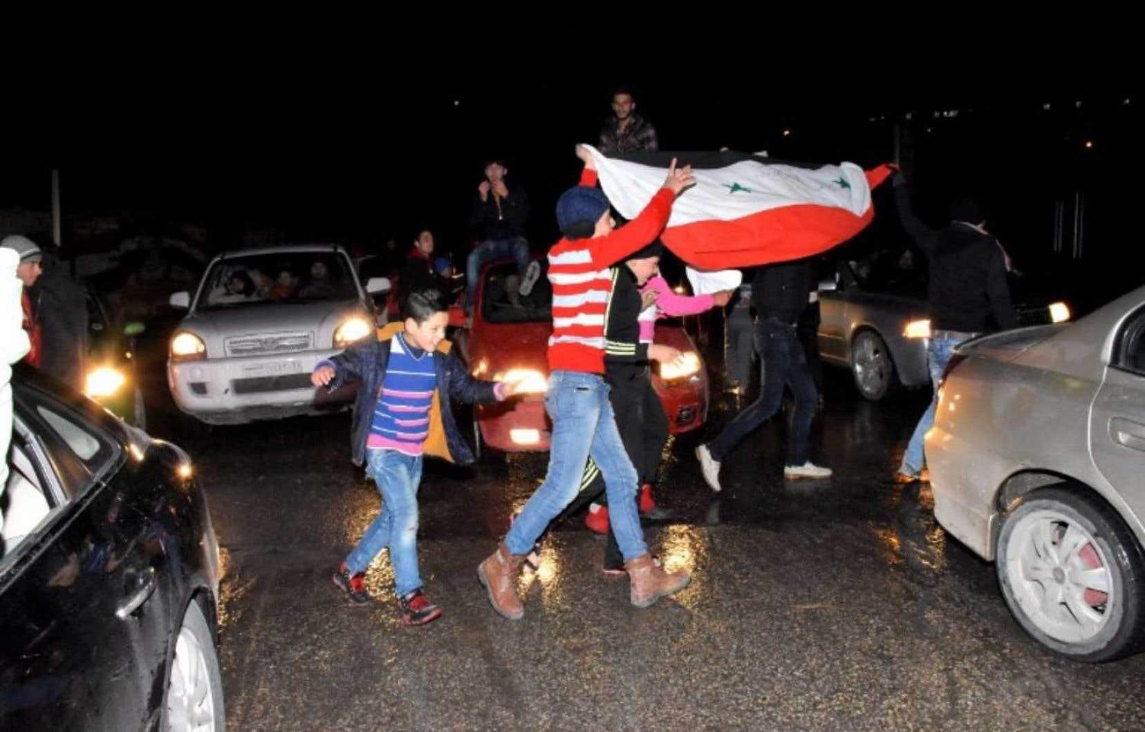 Le conflit syrien a fait plus de 310000 morts en cinq ans et déplacé la moitié de la population d'avant 2011.
