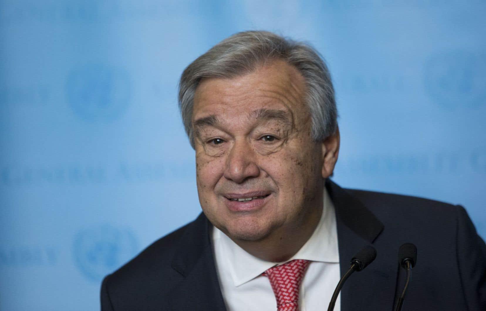 AntonioGuterres succède au 1er janvier à Ban Ki-moon à la tête des Nations unies et hérite en particulier du lourd dossier de la guerre en Syrie.