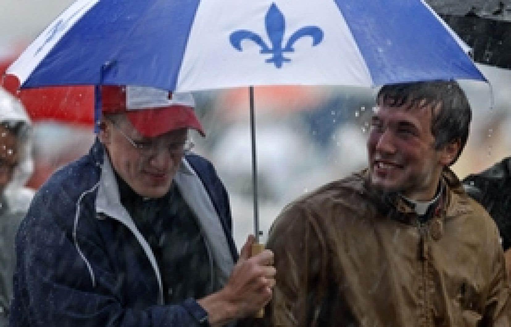 Au cours des mois de juin et juillet, les Montréalais ont connu  35 jours de pluie. Pire, l'Abitibi et la ville de Québec ont eu droit à respectivement 45 et 42 jours de précipitations.