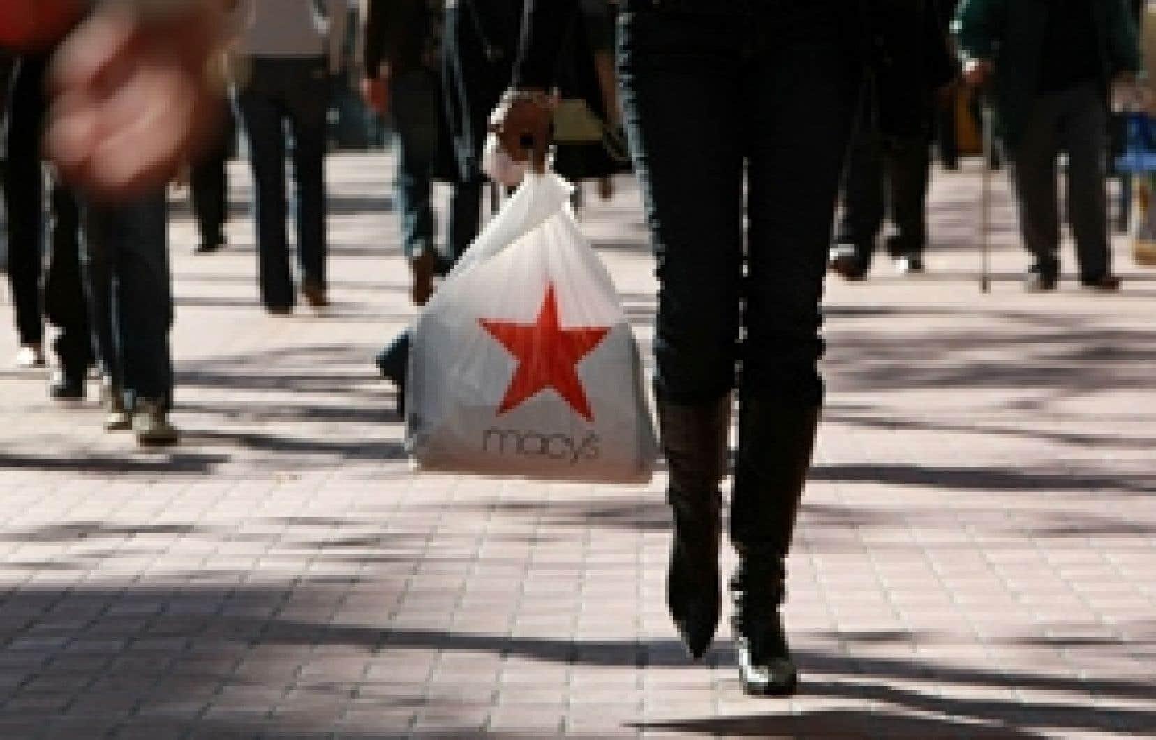 L'indice de confiance des consommateurs est tombé en décembre à son niveau le plus bas depuis sa création, en 1967.